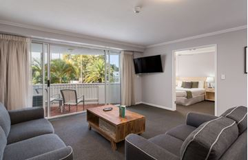 Picture of QUEENSLAND Gold Coast Surfers Paradise Alpha Hotel Sovereign 7 Night Accommodation Certificate